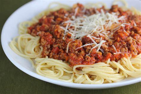 olive garden spaghetti olive garden bolognese sauce recipe blogchef net