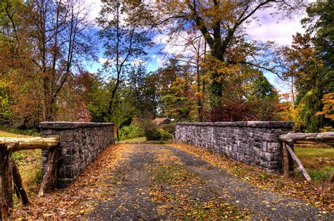 7 best spots for fall foliage in nyc 322   sleepy hollow