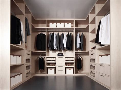 najboljih ideja za walk  garderobere