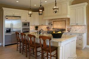 Pictures of kitchens traditional off white antique for White kitchen cabinets design
