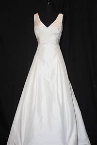 Consignment wedding dresses newnan ga for Wedding dress consignment shops