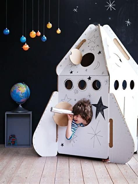 Kinderzimmer Junge Weltraum by Deko Ideen Kinderzimmer Jungen Planeten Weltall Motto