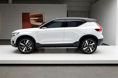 2019 Volvo Xc40  Volvo Dealer In Montreal Near Laval