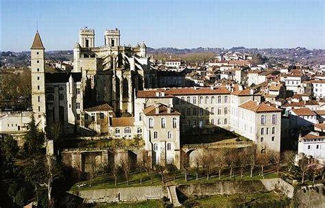 mairie de la chambre auch