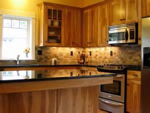 craftsman kitchen with backsplash tile