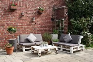 Gartenmöbel Kleiner Balkon : gartenm bel balkon kreative ideen f r innendekoration und wohndesign ~ Indierocktalk.com Haus und Dekorationen
