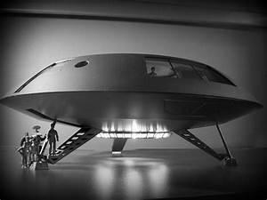 Jupiter 2 Spaceship | Car Interior Design