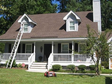 black shutters brown roof it could work dream home pinterest my house brown roofs and