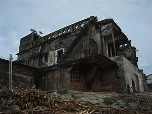 Panoramio - Photo of A Broken house,by the meghna river ...