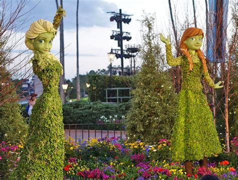 blooms at epcot flower and garden 2017