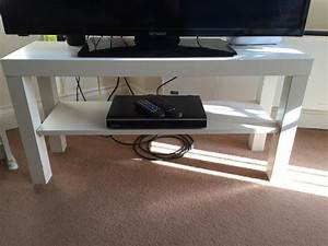 Ikea Table Tv : full house clearance ikea lack tv bench tv stand white rrp 9 only 3 months old bargain ~ Teatrodelosmanantiales.com Idées de Décoration