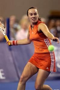 Tennis Player Pictures: Martina Hingis