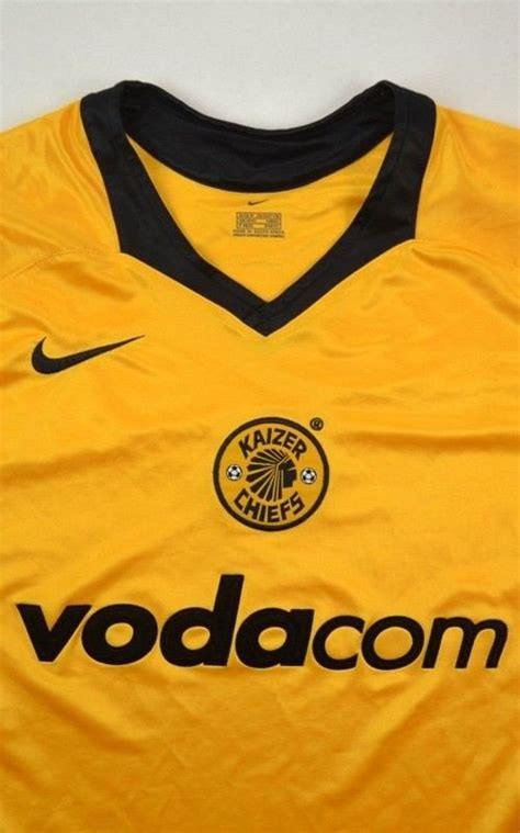 kaizer chiefs shirt  football soccer rest