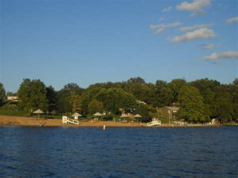 Year Round Boat Slips Chicago by Lake Thunderbird Homes For Sale Real Estate Lakefront