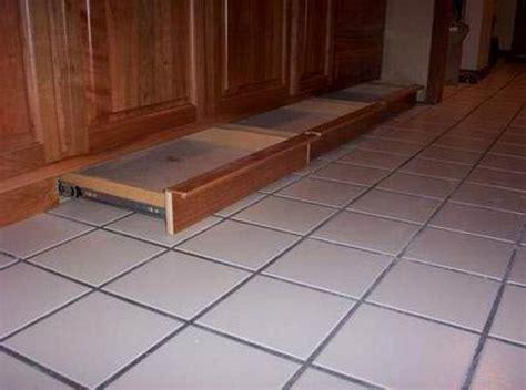 kitchen cabinets without toe kick kitchen cabinets toe kick drawers savae org 8191