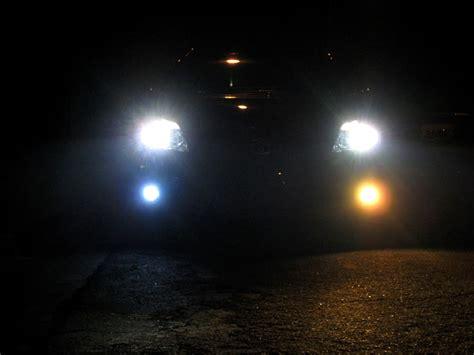 fog led lights vs halogen h11 bulbs yellow cars h8 testing