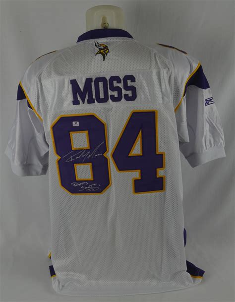 Lot Detail Randy Moss Autographed Inscribed Favre 500th
