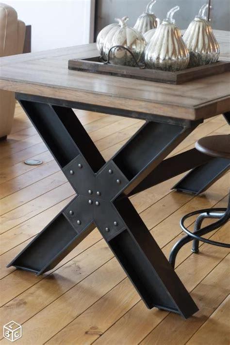 table en bois industriel les 25 meilleures id 233 es de la cat 233 gorie table industrielle sur table fabriqu 233 e 224