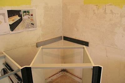 plan de travail d angle pour cuisine installer le meuble d 39 angle