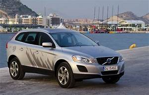 4x4 Volvo Xc60 : volvo xc60 le 4x4 su dois classe confort ~ Medecine-chirurgie-esthetiques.com Avis de Voitures