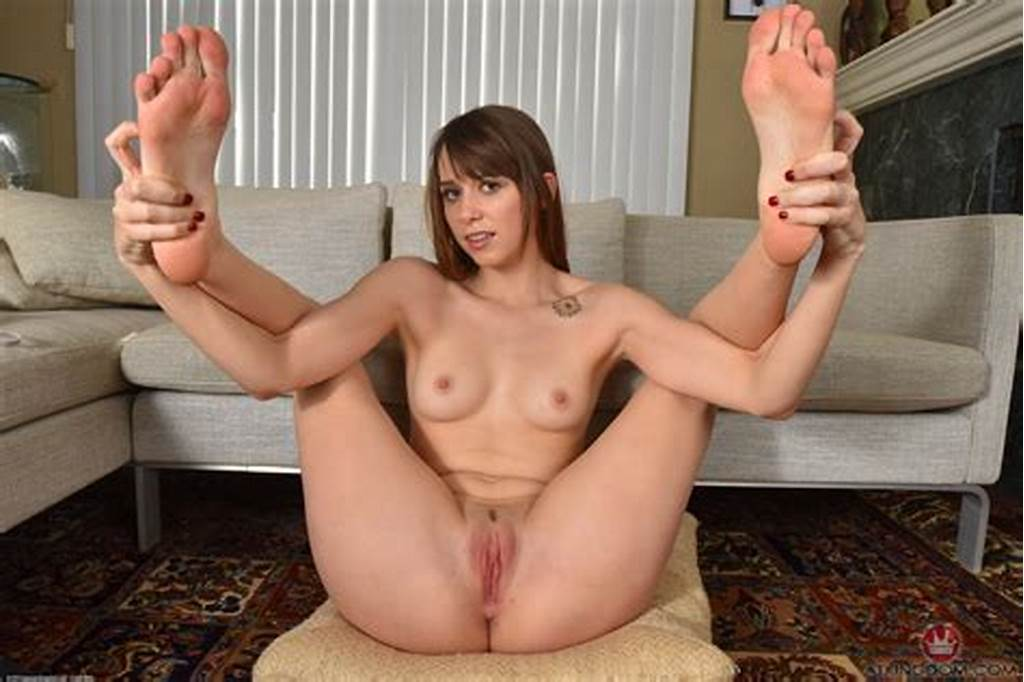 #Showing #Porn #Images #For #Zoey #Laine #Porn