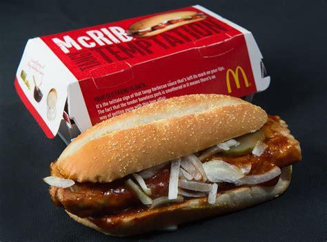 mc cuisine mcrib is back mcdonalds is returning customer pork