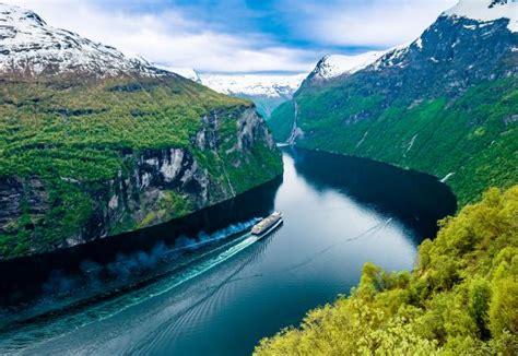 mein schiff nordkap kreuzfahrt  norwegen bis zum nordkap