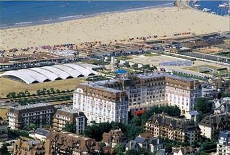 Hotel Royal Barrire 4 **** Luxe  Deauville France