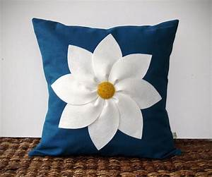 Emejing Pillow Design Ideas Pictures - Decoration Design