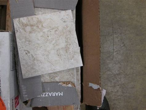 flooring auction ceramic laminate vinyl trim tile