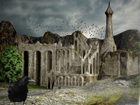 raven castle ruin  image  pixabay
