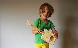 Gitarre Selber Bauen : kinder gitarre zum selber machen idee von die werkkiste ~ Watch28wear.com Haus und Dekorationen
