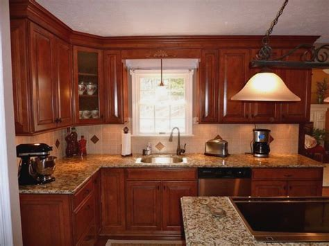 kitchen cabinet sets lowes 25 great ideas about lowes kitchen cabinets on