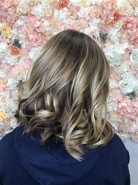 bottomless beauty salon  highlights balayage color