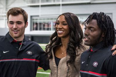 Junkyard Mail: Some Dawgs fans actually think Jake Fromm ...