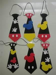 Corbatas De Mickey En Foami Cotillones Bs 50 000,00 en Mercado Libre