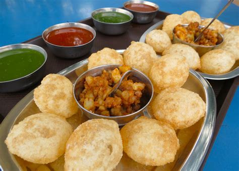 delhi cuisine must eat food items in delhi 20 must try food items in delhi