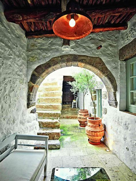 Traditional Architecture with Modern Style of Living