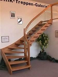 Treppe Mit Glasgeländer : massivholz wendeltreppen ~ Sanjose-hotels-ca.com Haus und Dekorationen