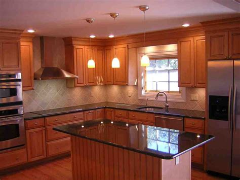 kitchen color schemes  oak cabinets decor ideas