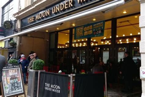 Manchester's Wetherspoons - The amazing histories and ...