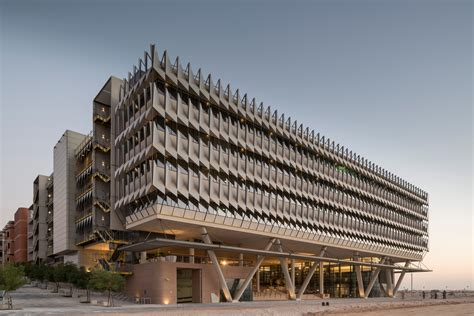 siemens masdar open leed platinum building in masdar city exclusive cleantechnica