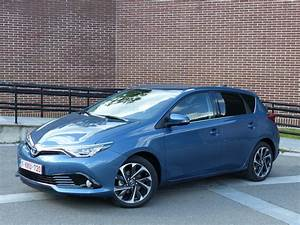 Avis Toyota Auris Hybride : essai vid o toyota auris ii restyl e coup de neuf sur les moteurs ~ Gottalentnigeria.com Avis de Voitures
