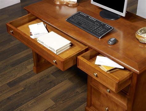 bureau merisier louis philippe bureau 5 tiroirs ne en merisier de style louis philippe