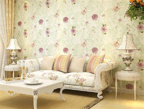 contoh wallpaper dinding ruang tamu elegan nirwana