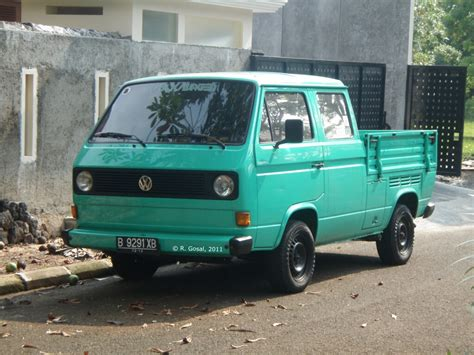 1980's Volkswagen Transporter Type 2 T3 Pickup With Crew C