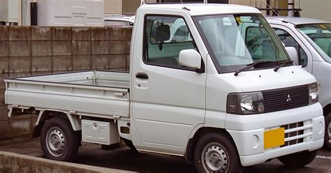 mitsubishi minicab trucks truck mini japanese kei vans cars usa 2000 japan wiki legal street suzuki nissan l100 front construction