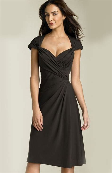 Charming Short Evening Dresses for Women | ShePlanet