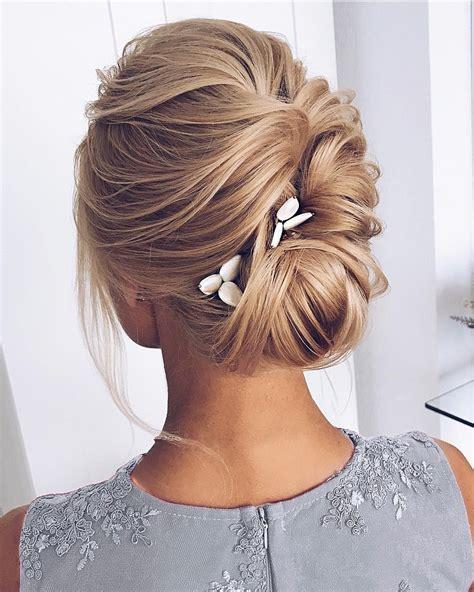 gorgeous wedding hair  ceremony  reception fabmood