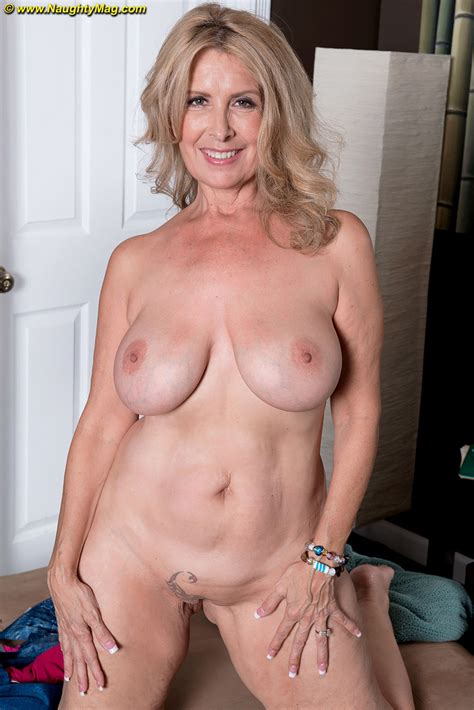 In Gallery Fucking Hot Gilf Whore Laura Picture Uploaded By Tijske On